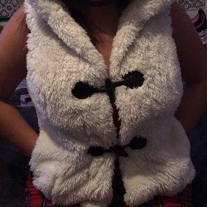 Fur half sleeve jacket